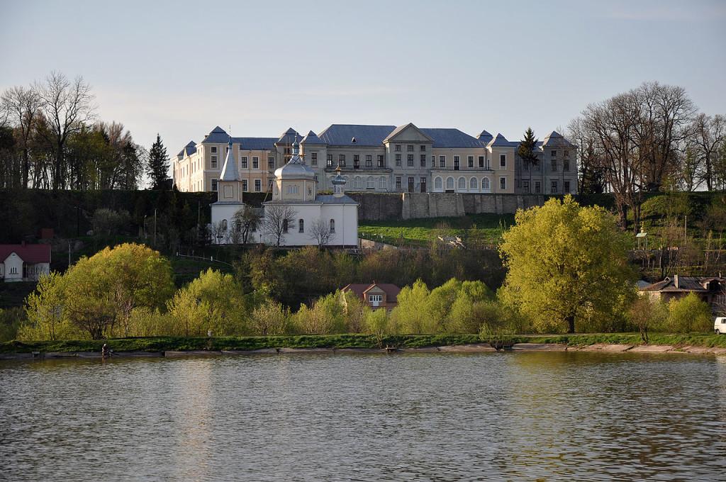 Vyshnivets_Palace_1_RB