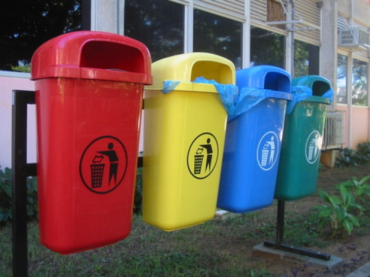 Звернення до громадян, юридичних осіб, підприємців, які не уклали договір на вивезення побутових відходів