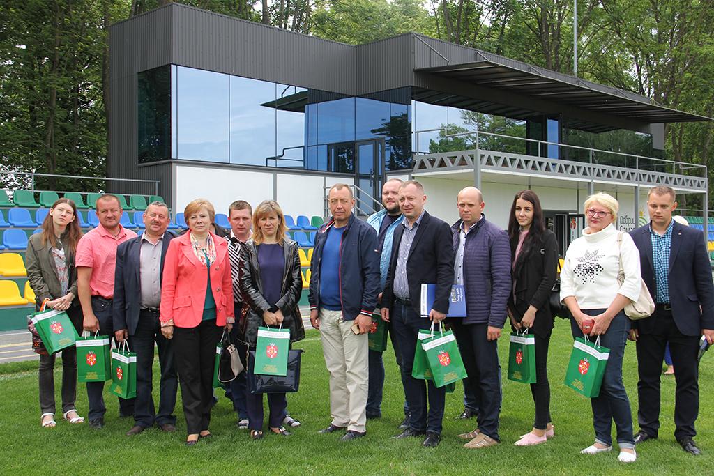 Про нас пишуть: Взірець децентралізації: волинські делегати приїхали переймати досвід Вишнівецької ОТГ