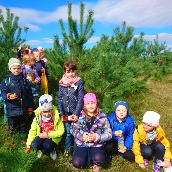 Другокласники Бутинської ЗОШ у День туризму мандрували стежками рідного краю